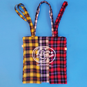 Check logo bag